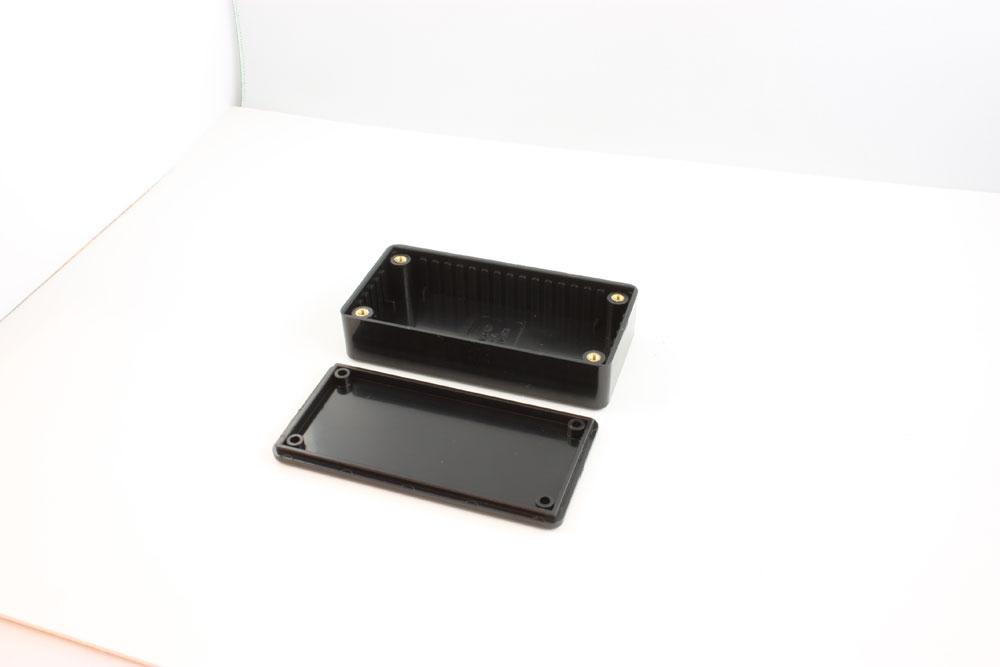 BOX ABS FR BLACK 3.9X2.0X0.8