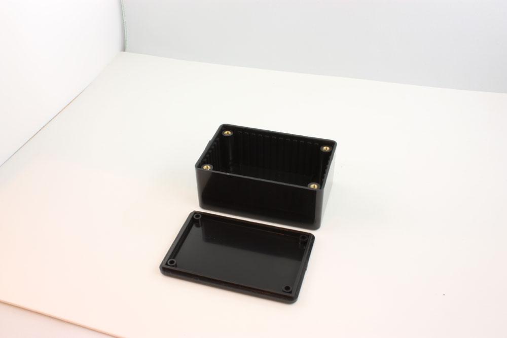 BOX ABS FR BLACK 3.3X2.2X1.4