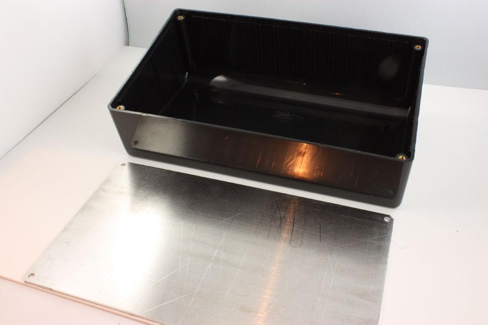 BOX ABS FR BLACK 8.47X5.12X2.95