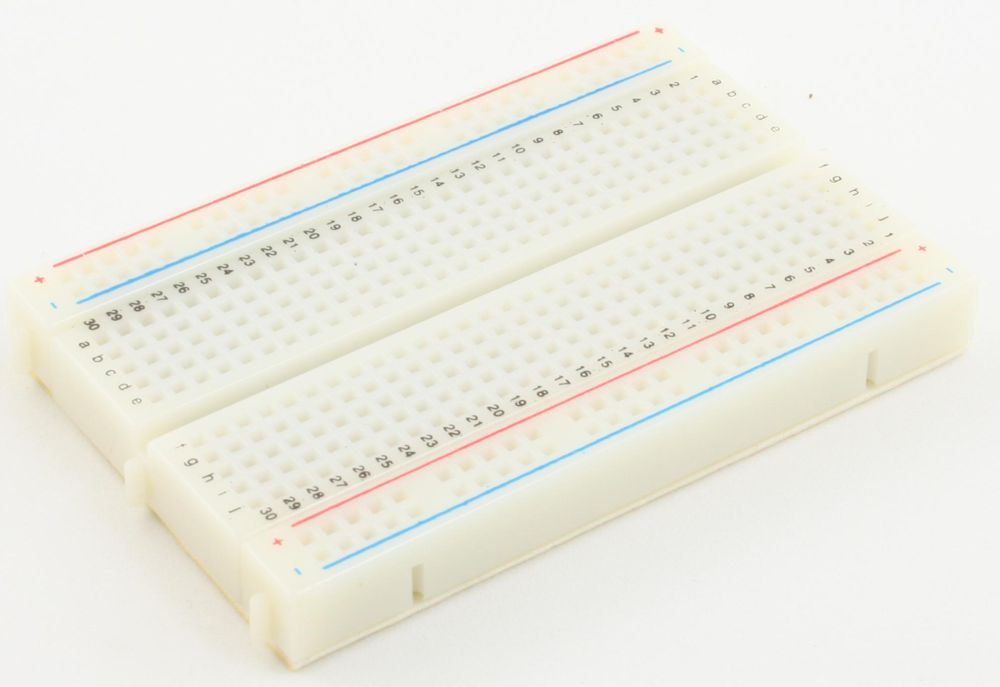 400 pts Solderless Breadboard 1