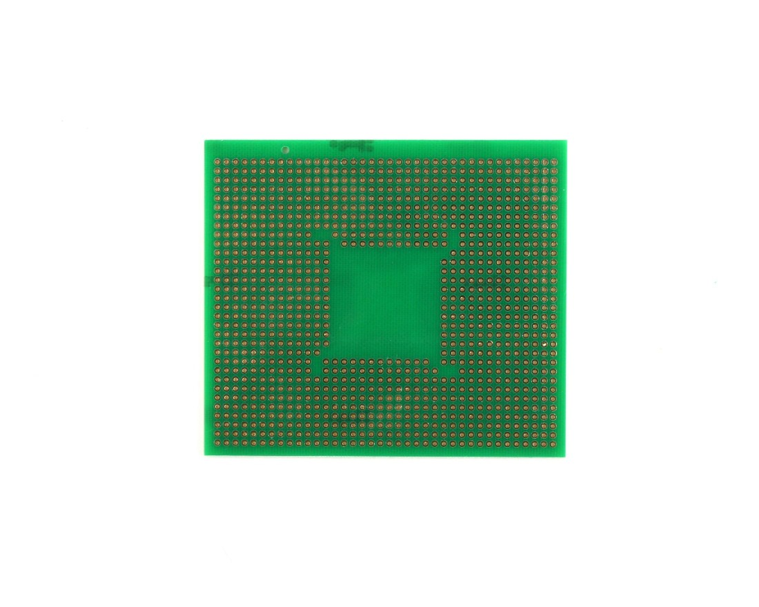 TQFP 48,64,80,100 pin breadboard - TH with Power Rails 1