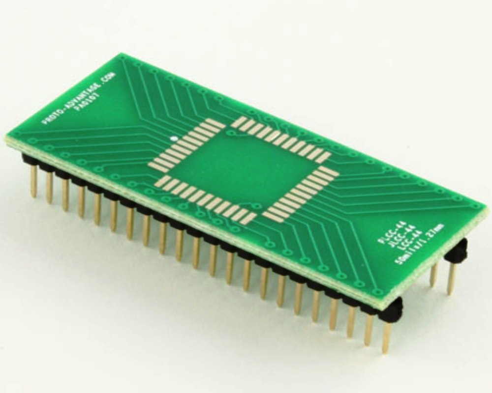 LCC-44 to DIP-44 SMT Adapter (50 mils / 1.27 mm pitch) 0