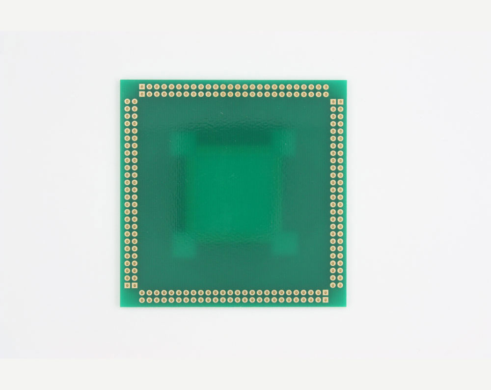 RQFP-208 to PGA-208 SMT Adapter (0.5 mm pitch, 28 x 28 mm body) 1